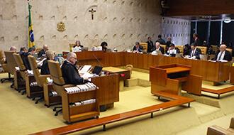 STF conclui julgamento e restringe prerrogativa de foro a parlamentares federais